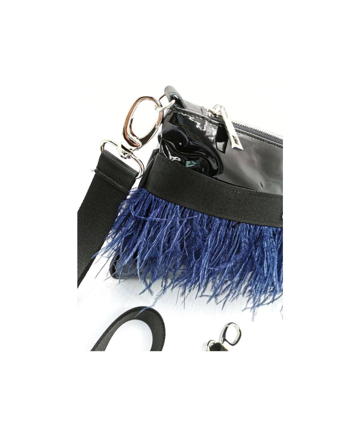 borsa-nera-piuma-blu-dettaglio