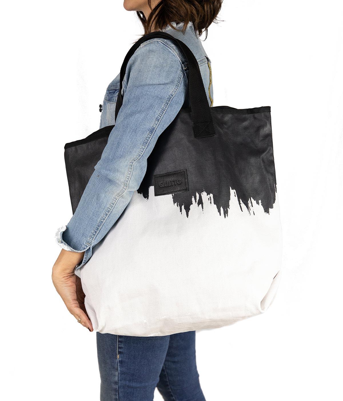 Sacca Rettangolare Impermeabile Bianca e Nera Quitto Bags